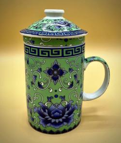 Mug japonais en porcelaine...