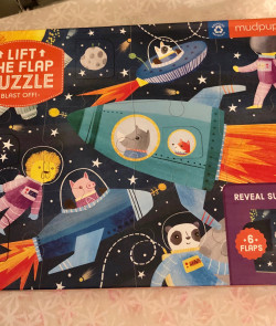 Puzzle : Lift the flap...