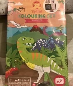 Set de coloriages : dinosaures