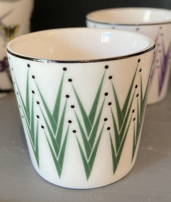 COQUETIER vert en porcelaine